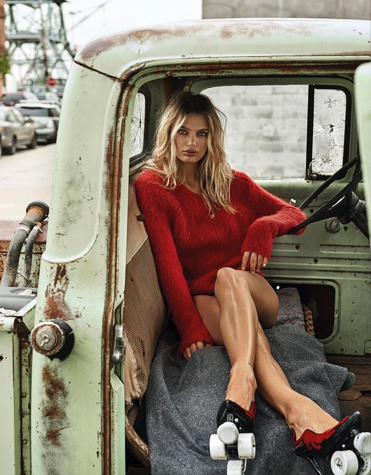 Top model Bregje Heinen looks ready to ride in the July 2017 issue of Vogue Taiwan. Captured by Caleb & Gladys, the blonde beauty poses in street style inspired looks for the fashion editorial. Called 'A Ride to Unwind', Bregje charms in casual cool ensembles styled by Melina Chen. The Dutch stunner wears the designs... [Read More]