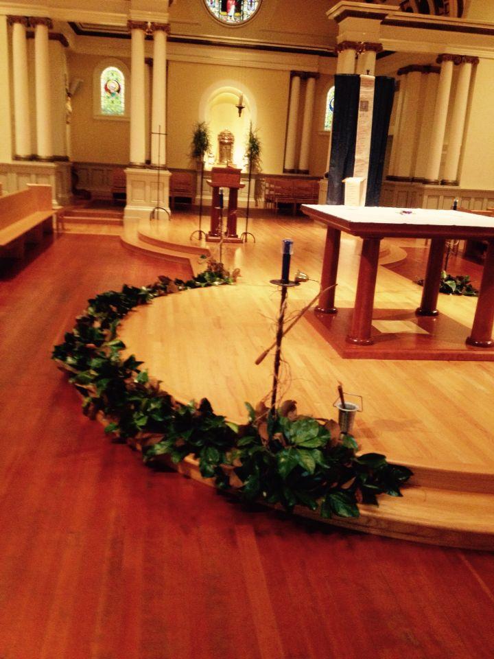 The advent wreath is a part of the altar altar decor for Advent decoration ideas