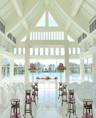Wedding chapels near the sea: Laguna Phuket in Thailand