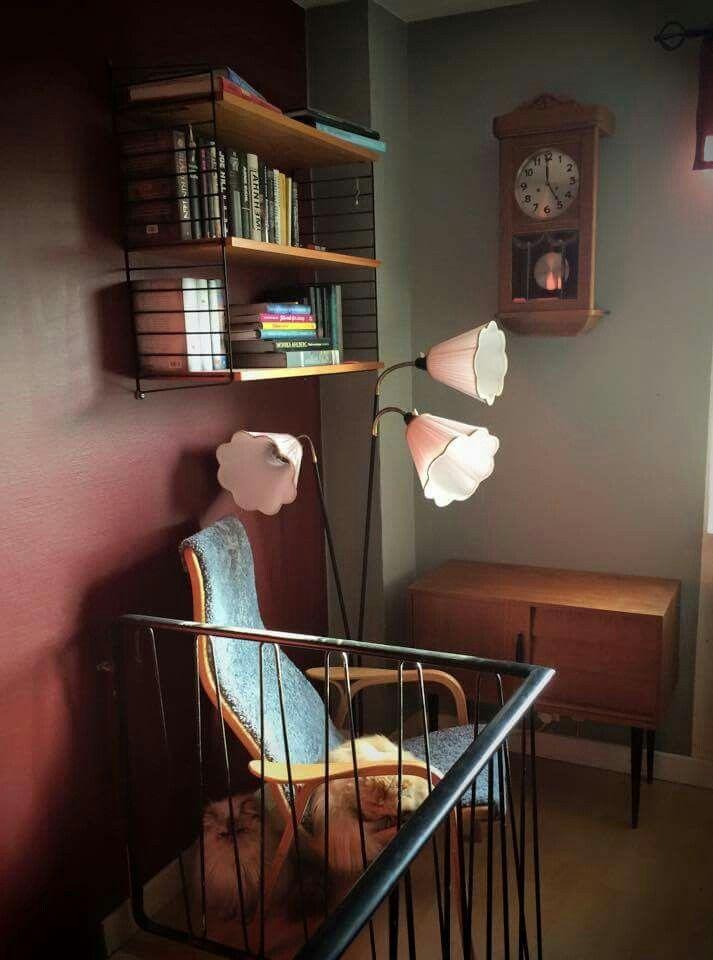 Tivolilamper og stringhyller <3