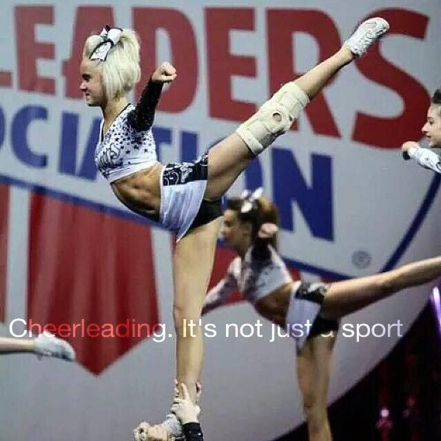 I MEAN COME ON!!!! This arabesque tho....