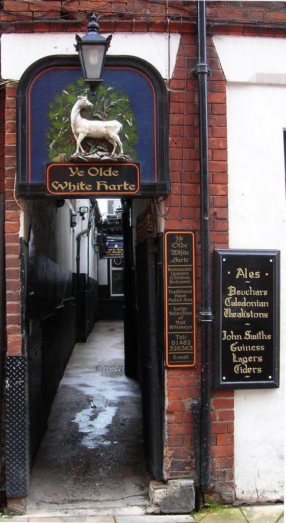 Ye Olde White Harte Bar, Kingston upon Hull, England.