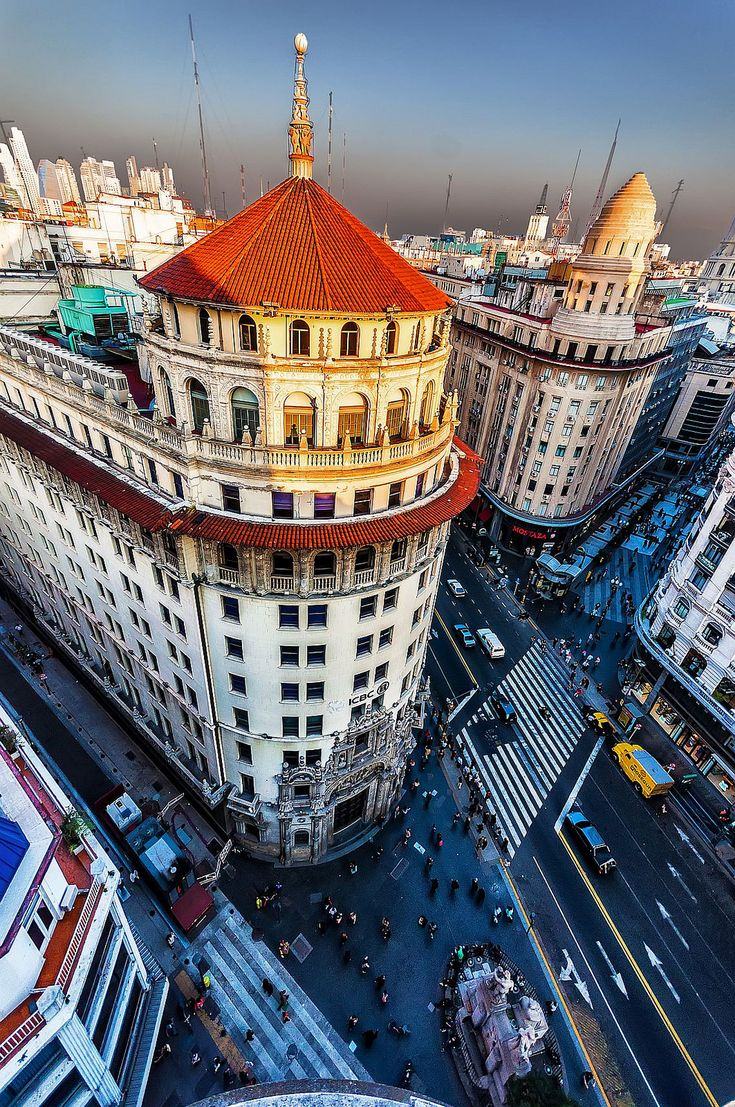Buenos Aires | Argentina (by celta4)  http://travelingcolors.net/post/115604487590/buenos-aires-argentina-by-celta4