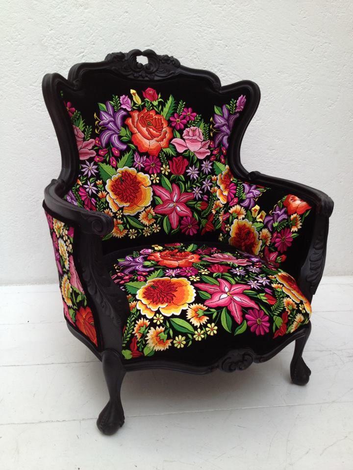 Diseño de Armando Mafud - I want this chair in my room... now!