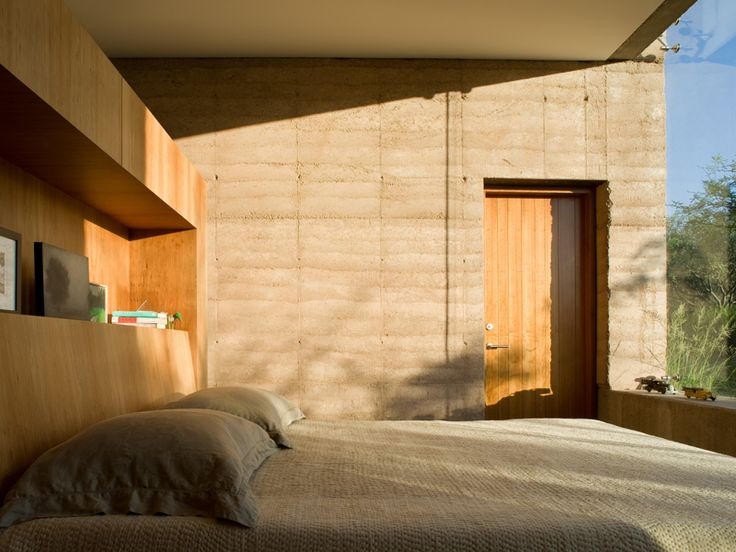 Rammed Earth. Port gencontract.