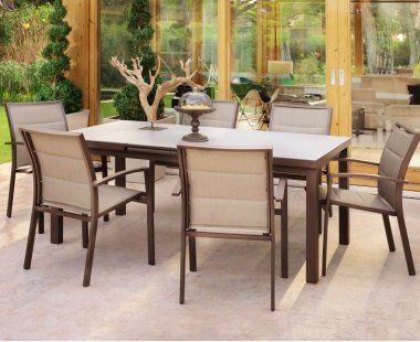 Os presentamos este moderno y elegante conjunto de for Muebles jardin modernos