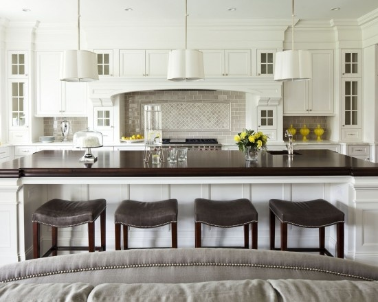 Traditional Transitional Style Back Splash Design, Pictures, Remodel, Decor and Ideas - page 5Barstools, Kitchens Design, Traditional Kitchens, Kitchens Islands, Bar Stools, Open Kitchens, White Cabinets, Big Island, White Kitchens