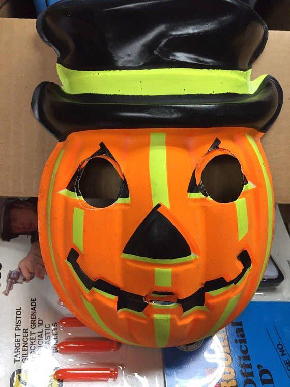 1962 Collegeville Mr Jack O Lantern Halloween Mask New Old Stock