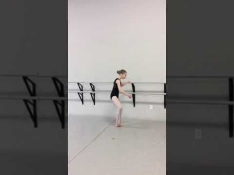A splendid young dancer performs at the barre to a selection from one of my ballet class music albums; hope you enjoy:  https://youtu.be/FjvVKA1dPbc  For more details, visit me at http://www.rlongballetmusic.com