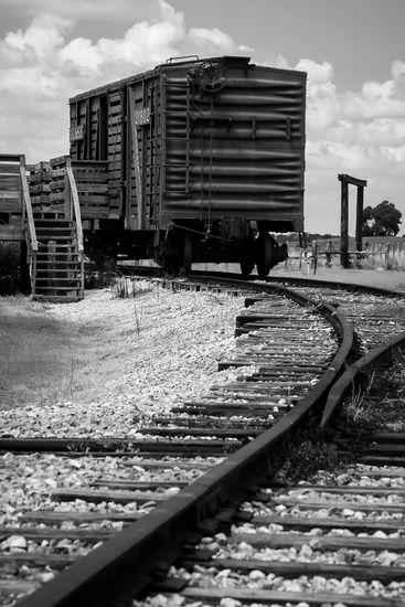 Nieuw in mijn Werk aan de Muur shop: Verlaten treinspoor