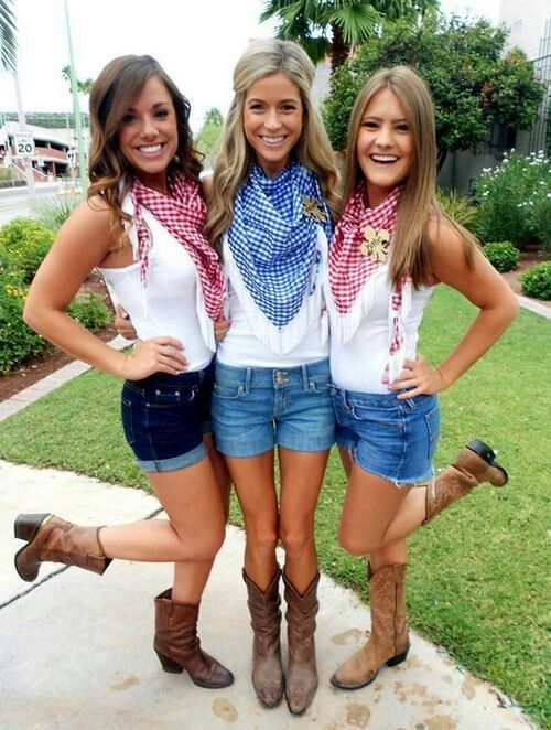 Cowgirls halloween costume for a group of girls
