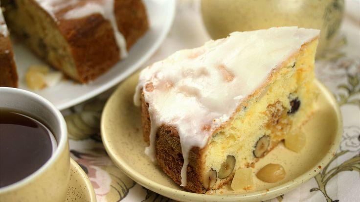 Английский кекс с бананом, орехами и цукатами