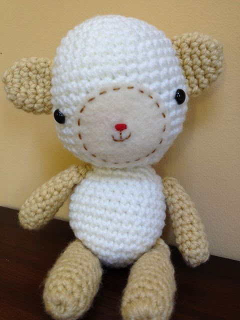 Amigurumi Little Lamb - FREE Crochet Pattern and Tutorial by Monkey BooBoo