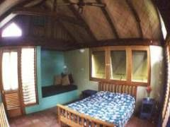 Nomads Fiji - Beachouse Backpackers on the Coral Coast
