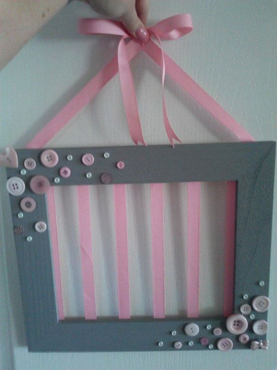 Picture Frame Bow Holder by CassadeesCreations on Etsy, $20.00 by shannon