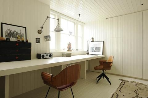 white / work space / home office / den / contemporary /