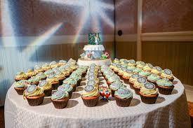 Image result for disney aladdin themed wedding cupcakes