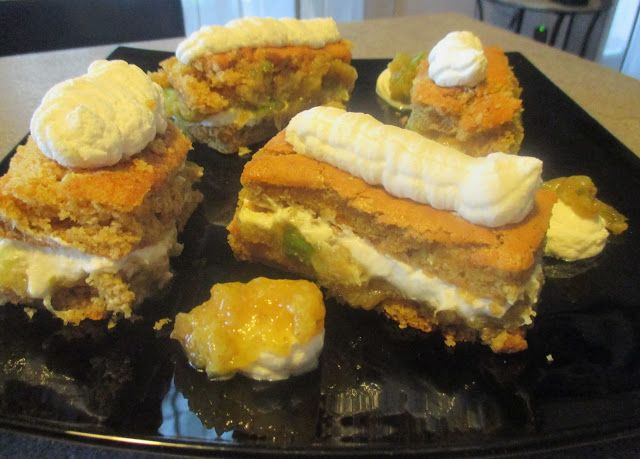 FORNELLI IN FIAMME: BISCUIT ROULADE SNACKS WITH WHIPPED CREAM AND SAUT...
