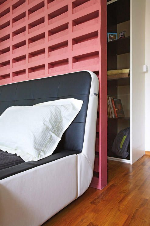 Bedroom Hdb Furniture: Want A Walk-in Wardrobe In A Small HDB Flat? Here Are 7
