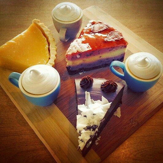 #cakes #tarts #smurfs #chocolatecake #berries #kirramisucafe