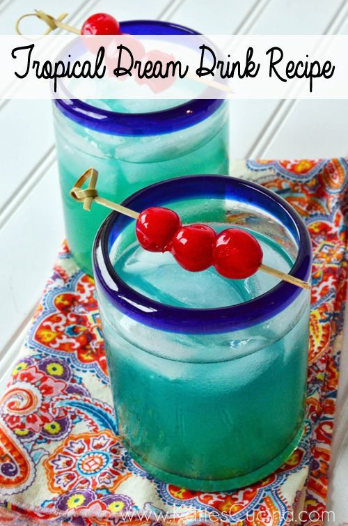 Tropical Dream Drink: Malibu Rum, Blue Curacao, Pineapple Juice. Summer party thirst quencher or 4th of July bash essential.