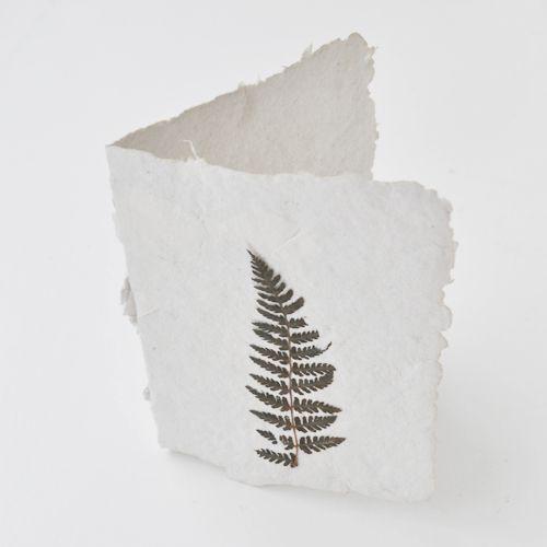 Naturkinder: Handgeschöpfte Karten aus Altpapier