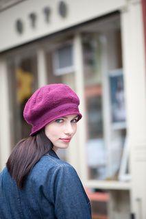 Mulberry Hat - Ravelry (FREE)  http://www.abramsbooks.com/stccraft/images/handknitholidays/patterns/MTDK_MulberryHat_pattern2.pdf