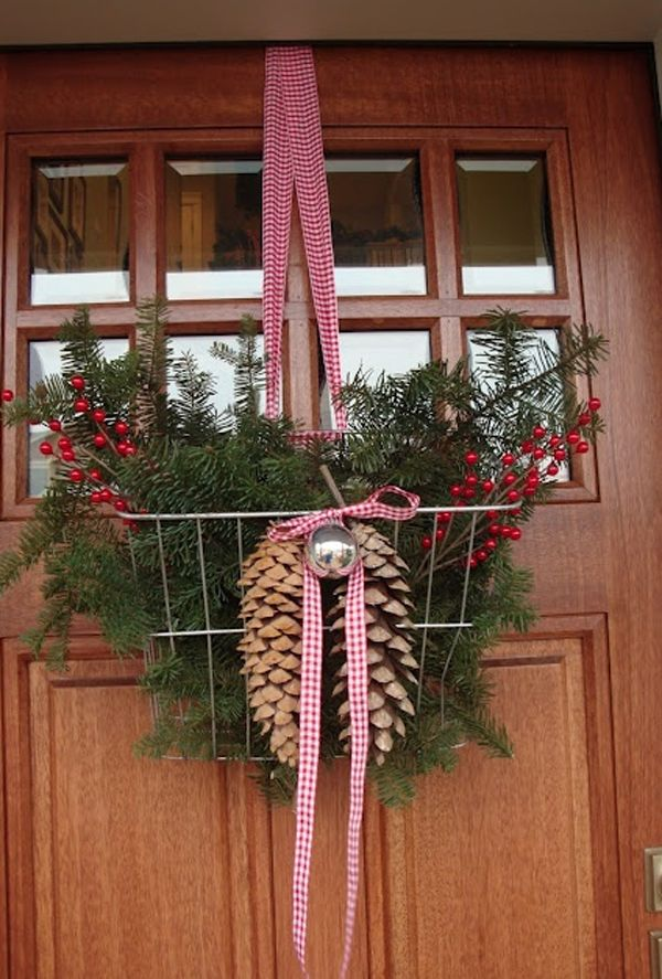 31 best Christmas Door Decor images on Pinterest Christmas