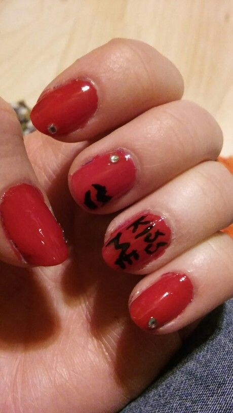 #nails #nailart #kissme #red #essence #devilnails #poisonkiss