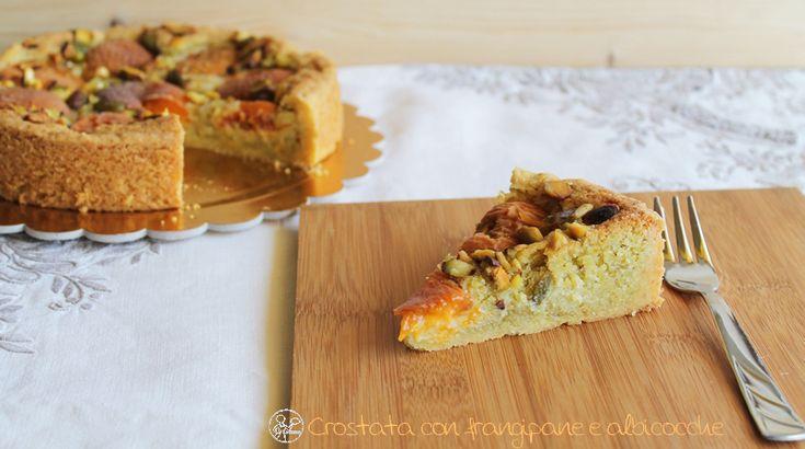 La Cassata: Crostata con frangipane e albicocche