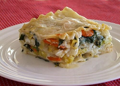 Garden Style Lasagna another yummy way to use veggies as the star of dinner.. Great for the farm share.