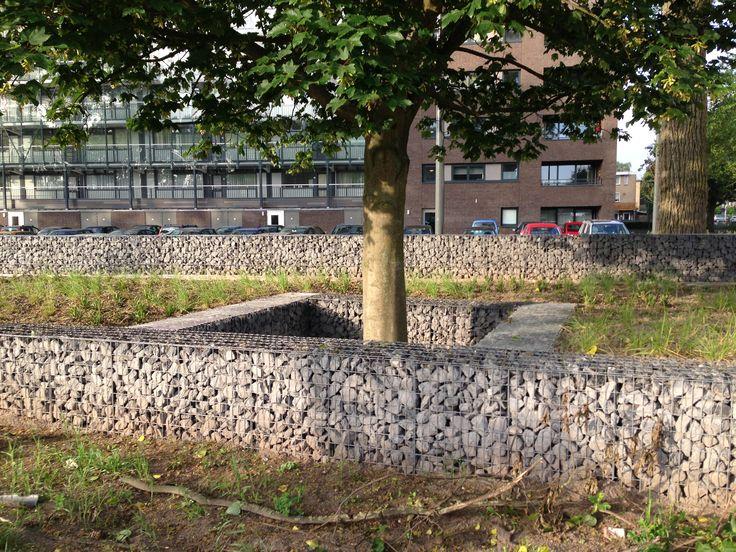 Schanskorven Breda  Doornikse kalksteen 56-125 mm