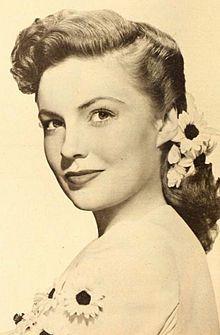220px-Joan_Leslie_1946.jpg (220×335)