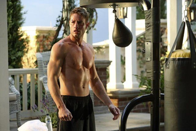 Justin Hartley photos, including production stills, premiere photos and other event photos, publicity photos, behind-the-scenes, and more.