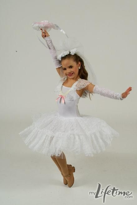 Dance Moms star, Mackenzie in personal dance photos