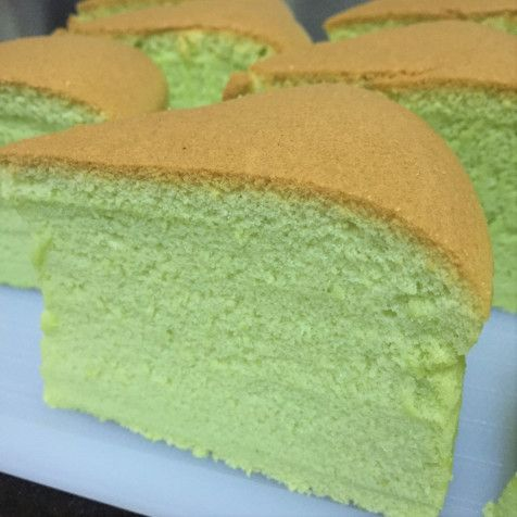 Latest @7/3/2016 Pandan Sponge cake (adapted from Neo Sook Bee's recipe) Ingredients:- 6 eggs yolks – I used grade B eggs which is about 60g 70g corn oil 100g plain flour Pinch of salt 50g pa…