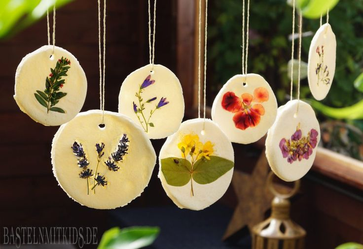 Blumen Mobile im Salzteig