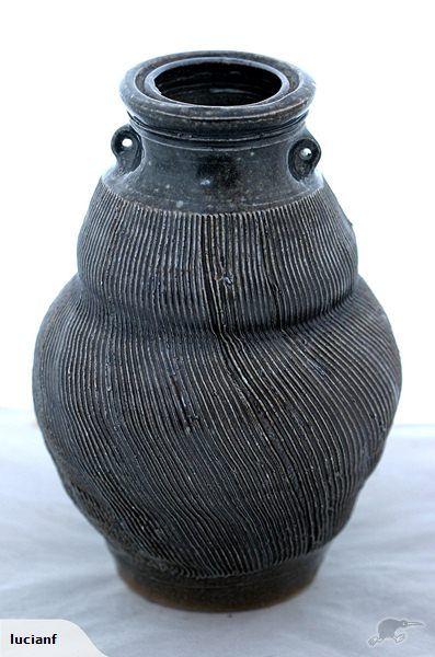 Warren Tippett / Combed Saltglazed Pot. | Trade Me