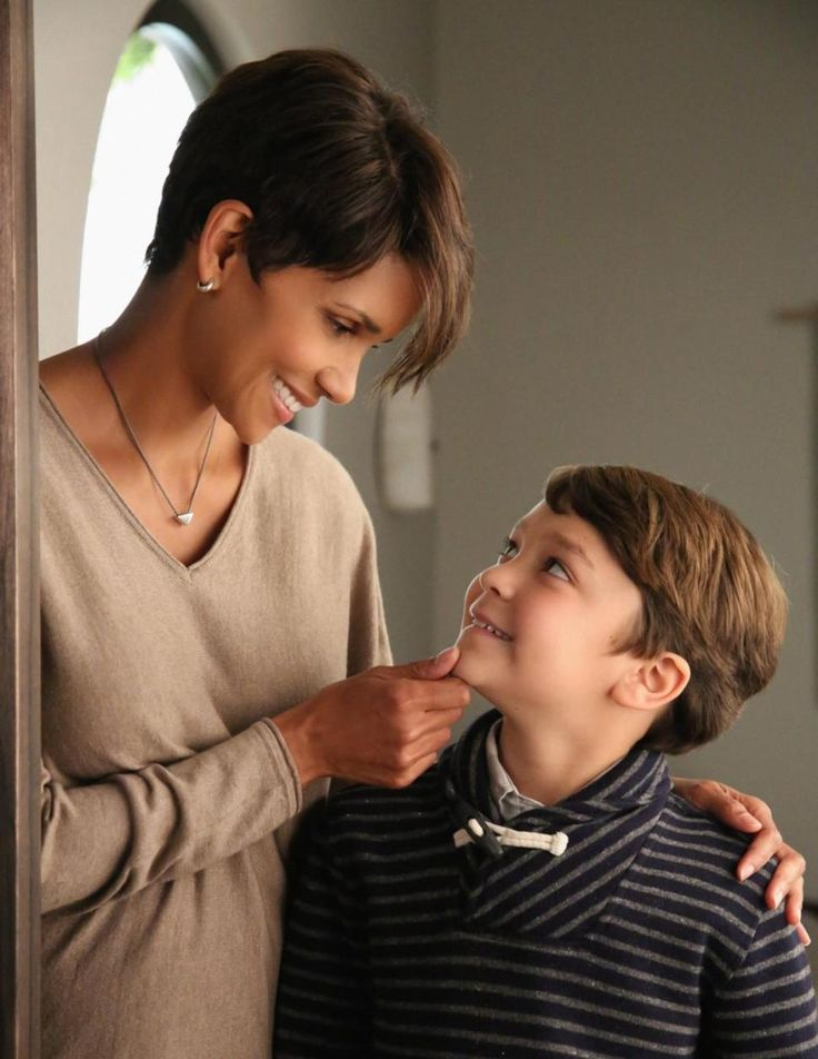 Halle Berry ... Molly Watts