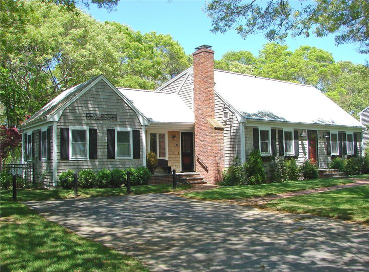 This Gracious and Spacious Falmouth,Cape Cod vacation rental has it all! http://www.weneedavacation.com/Cape-Cod/Falmouth-Vacation-Rental-9036/