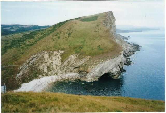 Pondfield Cove and Gad Cliff