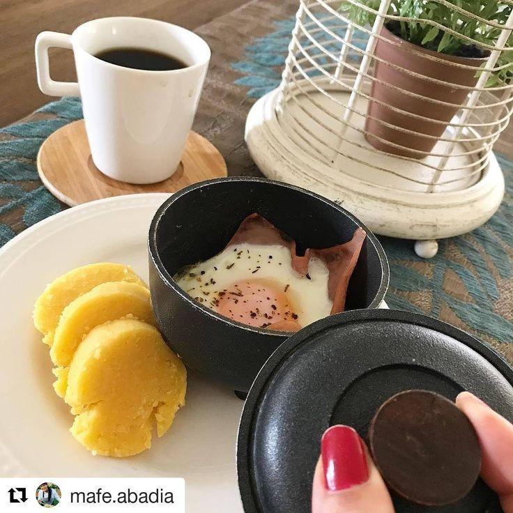 Desayunito rico, diferente y saludable 👌💪 gracias @mafe.abadia por las ideas 😉#Repost @mafe.abadia (@get_repost) ・・・ . •Living in Paradise kind of Breakfast• . Amando mi desayuno 🍳❤️ no sé ni por dónde comenzar 🤣🤣🤣 feliz con los bollos de mazorca de la Sra Margarita, son callejeros , ella los prepara con todo el amor posible hace más de 20 años y se ubica a las afueras de el Carulla de la entrada de Bocagrande ( tengo además la fortuna de que sea una gran amiga ) amooo y ella lo sabe…