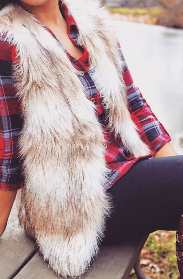 Plaid & faux fur vest