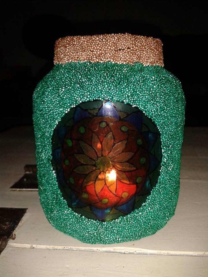 sfeerlicht gemaakt (groentepot - mandala getekend met glasstiften & rest bekleed met foamclay)