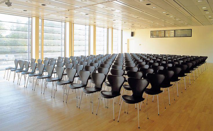 Seven chair 1955 Arne Jacobsen