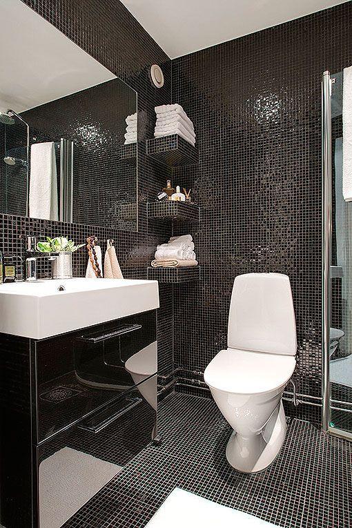 black bathroom, baño de gresite negro