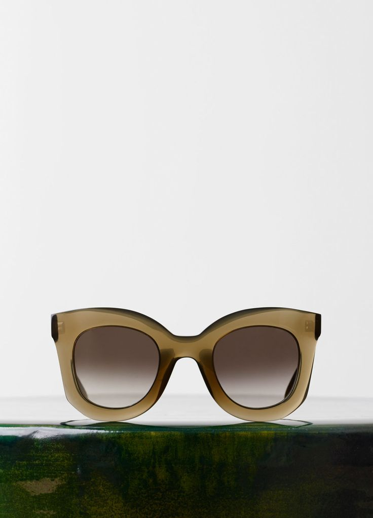 Marta Sunglasses in Acetate - Fall / Winter Runway 2015 | CÉLINE