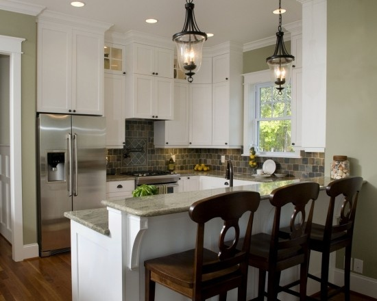 beautiful kitchenEclectic Design, Small Kitchen Designs, Lights Fixtures, Blue Sky, Small Kitchens Design, Pendants Lights, Bar Stools, White Cabinets, Eclectic Kitchens