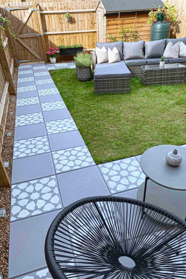 44 Fabulous Concrete Patio Ideas For Your Backyard Page 26 Of 44 Evelyn S World My Dreams My Colors And My Life Garden Slabs Concrete Garden Concrete Patio Makeover