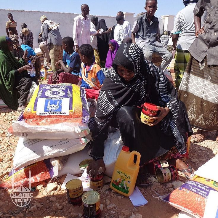A deadly drought is gripping #EastAfrica. Just in the past week, over a 100 people have died from #starvation and #drought-related #illness in #Somalia alone.  Most of them were women and children.  Islamic Relief teams are on the ground distributing...